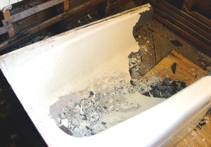 how to remove a cast iron bathtub